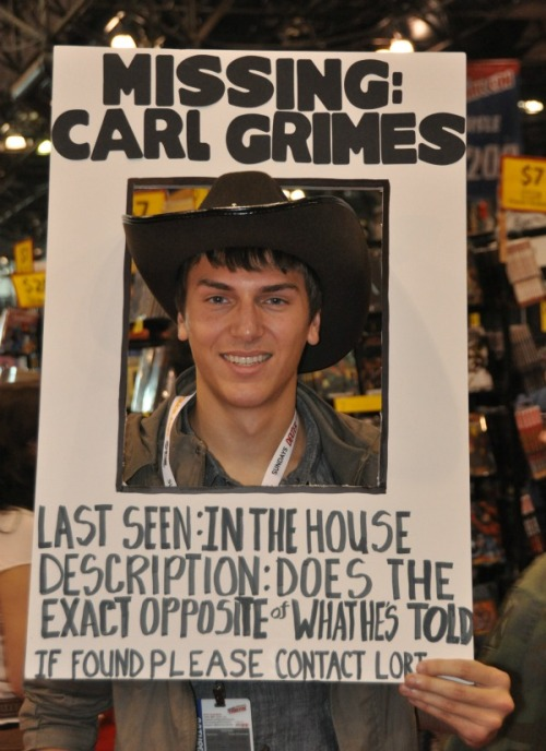 Walkingdead Geeky Friday: New York Comic Con Sets Record Attendance, DC Releasing Superman: Earth One, Vol. 2 in November, J.K. Rowlings Naughty Bits