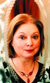 Hilary Mantel MB 2009 Winner Author Ann Hood, Jonathan & Jesse Kellerman, Hilary Mantel, & More | Barbaras Fiction Picks, Sept. 2014, Pt. 3